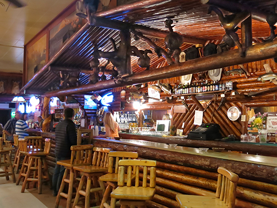 Photo inside The Rustic Pine Bar, © J. Hulsey